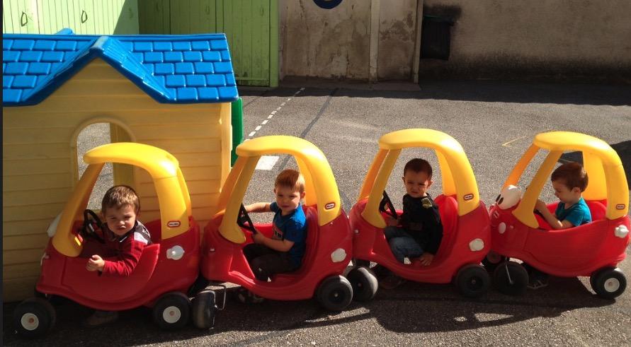 ecole a l age de 2 ans - activites ludiques- ecole Greenfiled